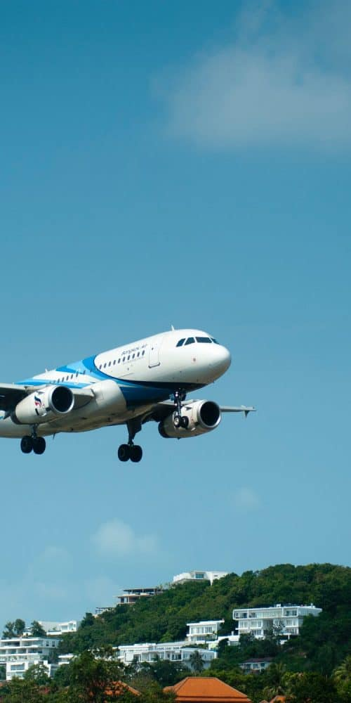 Plane landing for airline support
